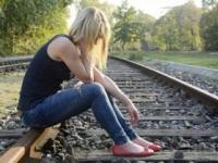 Pomoc v ťažkej životnej chvíli hľadá len polovica tínedžerov