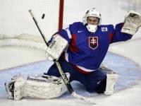 Mladí slovenskí hokejisti odohrajú na MS dôležitý zápas