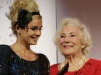 Vera Lynnová oslávi 100. narodeniny vydaním nového albumu