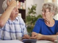 Krátenie minimálneho dôchodku bude realitou, rozhodol súd