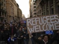 Tisíce ľudí demonštrovali v Barcelone za prijatie utečencov