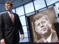 Vyšla známka pripomínajúca 100. výročie narodenia Kennedyho