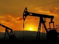 Ropa zdražela, cena zlata oslabila