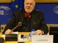 Azerbajdžan vydal medzinárodný zatykač na Jaromíra Štětinu
