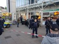 Vodič, čo vrazil do chodcov v Heidelbergu, tvrdošijne mlčí